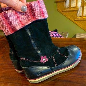 Keen girls' boots